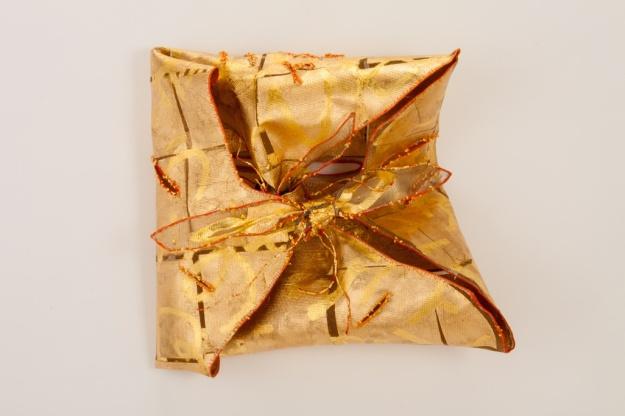 5. Auric fold with Tanka 6, metal, gold leaf, thread